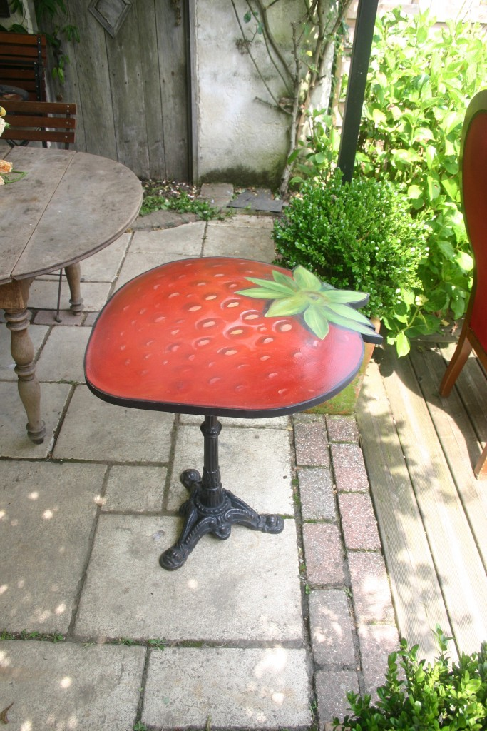Table bistrot Fraise
