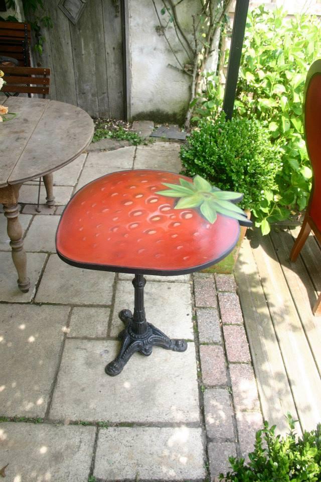 Table bistrot fraises